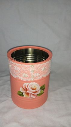 Tin Can Crafts, New Crafts, Metal Crafts, Tin Can Art, Tin Art, Upcycled Crafts, Painted Tin Cans, Rice Paper Decoupage, Paper Quilling Cards