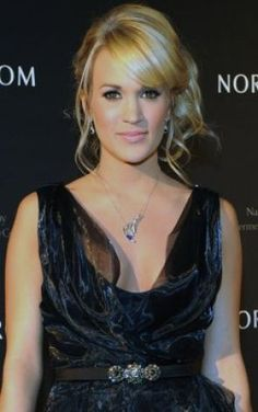 Carrie Underwood recently became a vegan after years of vegetarianism.