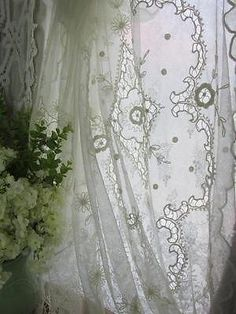Antique Tambour French Net Lace Cutwork Bedspread Coverlet C1900 | eBay Vintageblessings by margaret.ramos.982