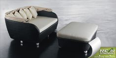 Con un #sillón como este querrás llevar la televisión a tu #terraza.   #Innover #Gdl #muebles #exterior