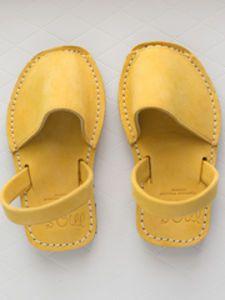 Classic Children Sandals Avarcas Amarillo
