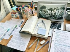 ☆apostelesma☆ Best Picture For studying motivation organisation For Your Taste You are looking for s Study Desk, Study Space, Study Pictures, Study Organization, Pretty Notes, Study Hard, Hard Work, Study Notes, Study Motivation
