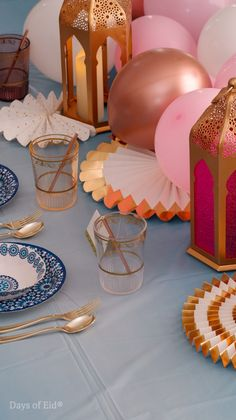 Bring a pop of color to your table! We love the contrast between our blue Marrakech paper plates and bowls look against the pink balloons! #daysofeid