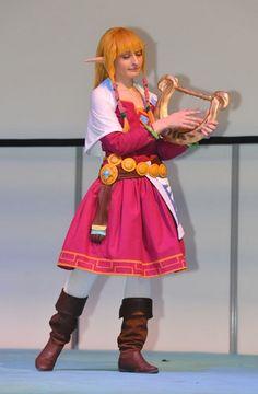 Zelda (from Skyward Sword) cosplay in Paris by MemoireHana