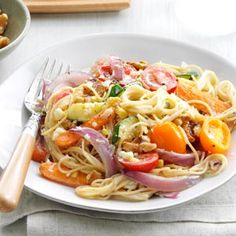 Angel Hair Primavera Recipe from Taste of Home-- shared by Tre Balchowsky of Sausalito, California (Chicken Pasta Primavera) Star Pasta Recipe, Pasta Recipes, Dinner Recipes, Cooking Recipes, Pasta Meals, Pasta Food, Shrimp Pasta, Chicken Pasta, Grilled Chicken