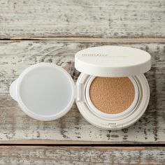 The Glow's Loreal Nude Magique Cushion Compact review.