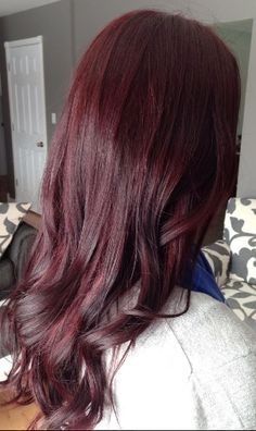 Red/violet hair