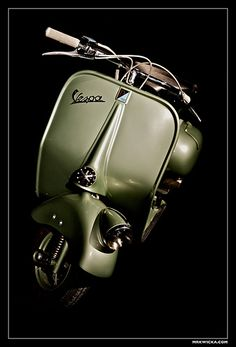 Vespa V1 | This is a Vespa V1 shot in the 2008 Scooter-Shoot… | Flickr