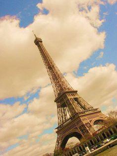 Eiffel Tower ,France - Travel Pedia
