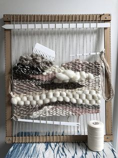 The Big Mama Weaving Loom - XL size 60 cm x 50 cm x - Patrizia Solito - weberei Weaving Loom Diy, Weaving Art, Tapestry Weaving, Hand Weaving, Bamboo Weaving, Weaving Wall Hanging, Weaving Projects, Art Projects, Arts And Crafts