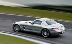 Mercedes-Benz SLS AMG Gullwing in Granturismo - or translated, something I may never have.