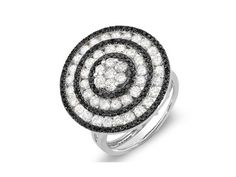 Černobílý koktejlový prsten s mnoha diamanty. #sperky #zUSA #nausnice #prsteny #nahrdelniky #diamanty #perly #moda Jedinečné zlaté s stříbrné šperky jen na https://Klenota.cz
