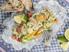 Dieser Geschmack von mariniertem Fisch, frischen Orangen und Limetten – der Frühling ist da und darf gerne ganz lange bleiben. Diese Rezeptidee stammt von dem Food-Blog becauseyouarehungry.com. http://www.fuersie.de/kochen/foodblogger/artikel/rezept-ceviche-im-asia-style