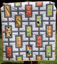 Mod times quilt- I like this idea!Might be a good one for Baby Meyer #2! ;-)