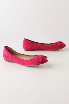 need some new flats.. thinking about these in orange or yellow for summer ($108)