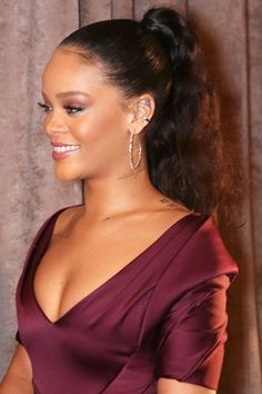 Rihanna wears a party ponytail. Click through for the full hair how-to.