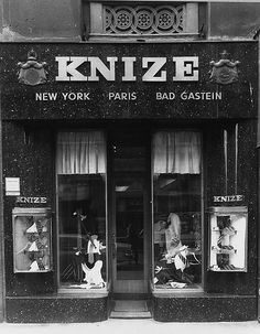 Knize Gentlemen's clothier, Vienna, designed by Adolf Loos, completed ca. 1913.
