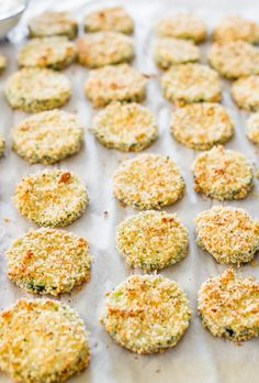 These parmesan zucchini crisps are a healthy treat, perfect for an appetizer or just a snack! They are baked not fried and always a crowd pleaser! Vegetable Recipes, Vegetarian Recipes, Cooking Recipes, Healthy Recipes, Cooking Tips, Clean Eating Snacks, Healthy Snacks, Low Potassium Recipes, Bake Zucchini