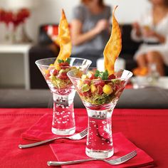 The colorful Asian tartare pairs tender tuna with creamy avocado and sweet, vibrant mango for an appetizer with a cocktail of flavors sure to impress. Tuna Recipes, Seafood Recipes, Appetizer Recipes, Cooking Recipes, Healthy Recipes, Fun Appetizers, Healthy Snacks, Sashimi, Appetizers