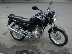 BikePics - 2010 Yamaha YBR 125