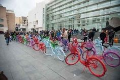 Converse gives free bikes and sparkling colours to Barcelona | Street & Guerrilla Marketing | Scoop.it