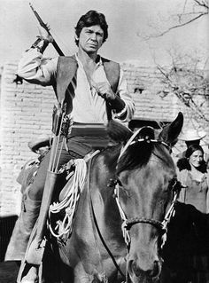 Charles Bronson - The Guns for San Sebastian Actor Charles Bronson, Westerns, Badass Movie, Jane Russell, Star Wars, Guns, Cowboy Art, Tough Guy, Western Movies