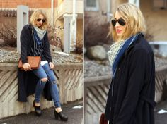 oufit striped sweater Sweater – Monki // Jeans – Gina Tricot // Coat – Rodebjer // Scarf & Bag- Second Hand // Sunglasses – Ray-Ban // Shoes – Romwe