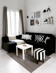 Fancy Sofa Design Ideas For Minimalist Living Room To Try, Home Living Room, Apartment Living, Interior Design Living Room, Living Room Designs, Black Sofa Living Room Decor, Apartment Couch, Apartment Furniture, Bedroom Decor, Bedroom Black