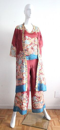 Japanese Style 4 Pieces Rayon Suit, c.1940's