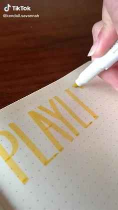 Life drasings Bullet Journal Lettering Ideas, Bullet Journal Banner, Bullet Journal Notebook, Bullet Journal School, Bullet Journal Ideas Pages, Bullet Journal Inspiration, Hand Lettering Tutorial, Bullet Journal Aesthetic, Scrapbook Journal