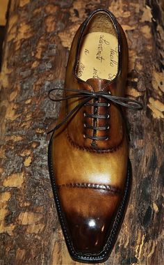Norwegian Oxford shoe with reverse (inside) stitching by great Neapolitan shoemaker Paolo Scafora. Jay Shoes, Men's Shoes, Shoe Boots, Dress Shoes, Mens Boots Fashion, Fashion Shoes, Mens Smart Casual Shoes, Italian Mens Fashion, King Shoes