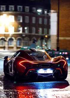 Mc Laren P1. Luxury, amazing, fast, dream, beautiful,awesome, expensive, exclusive car. Coche negro lujoso, increible, rápido, guapo, fantástico, caro, exclusivo.