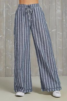 Casual Striped Self-tie Wide Leg Pants – immorgo Cotton Pants, Linen Pants, Style Casual, Casual Outfits, Fashion Pants, Fashion Outfits, Stripped Pants, Pantalon Large, Sewing Lessons