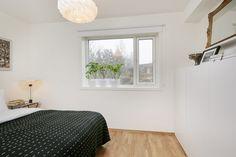 FINN – STENBRÅTEN - Nyere (2012) funkis enebolig med høy standard - Solrik hage/terrasse - Carport - Lavenergi - Barnevennlig