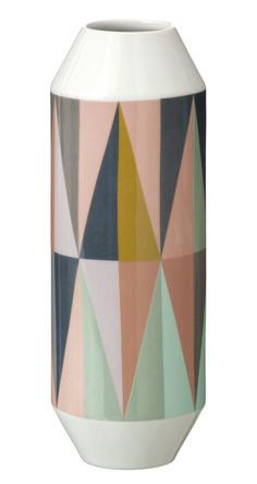 Spear Vase - this design and color combo would make a beautiful quilt!