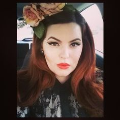 Tess Munster: Goddess..... Sometimes you just gotta wear flowers in your hair.