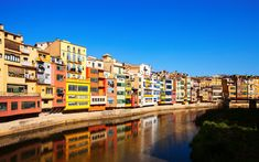 Download wallpapers Girona, river Onyar, summer colorful houses, unusual urban architecture, Spain