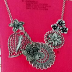 Botanical necklace from Premiere Designs Jewelry
