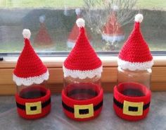 This week at The Wednesday Link Party 275 our featured projects include a crochet amigurumi nurse pattern, a Christmas Wreath and crocheted jar covers! Crochet Christmas Ornaments, Christmas Jars, Christmas Crochet Patterns, Christmas Gift Wrapping, Christmas Wreaths, Christmas Crafts, Christmas Decorations, Crochet Jar Covers, Octopus Crochet Pattern