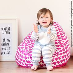Sitzsack Kinder Kuschelecke freebook Source by diyfurkinder Sewing For Kids, Baby Sewing, Diy For Kids, Baby Room Diy, Diy Baby, Baby Zimmer, Baby Gown, Sewing Accessories, Easy Sewing Projects