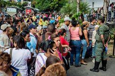Mercados advierten sobre alto riesgo de default en Venezuela http://hrld.us/1Ad2JVV