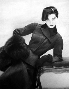 Vogue Paris 1951 model in Lanvin by Castillo