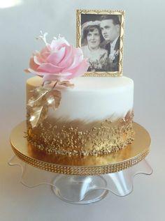 wedding anniversary cake - cake by Jitkap - CakesDecor Golden Anniversary Cake, Anniversary Cake Designs, 50th Wedding Anniversary Decorations, 50th Anniversary Cakes, 60 Wedding Anniversary, Marriage Anniversary, Anniversary Ideas, Aniversary Cakes, 50th Cake