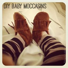 Okay, so ya'll remember my (adorableeee) baby moccs I made a while back?? Well, I was approached by this woman Jazz, asking if she could feature them in this popular UK bookazine, Mollie Makes Mama...