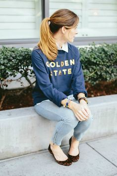 How to Wear a sweatshirt with jeans | Art in the Find