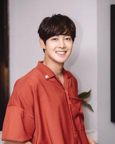 Kim Joong Hyun, Boys Over Flowers, Korean Actors, Celebrity Crush, Foto E Video, Actors & Actresses, Kdrama, Eye Candy, Youtube