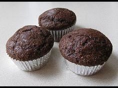Low-Carb Chocolate Protein Muffins - Lean Body Lifestyle   The entire recipe (which equals about 3 medium size muffins) has: 180 calories 30g protein 8g carbs  You will need: 1 scoop chocolate protein powder 1 tbsp. baking cocoa 1/2 tsp. baking powder 1 tbsp. stevia or Truvia 2 tbsp. organic Greek yogurt 2 egg whites