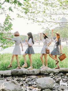 Marishe Korean Fashion Similar Look I Pin By Aki Warinda Dearzuffy Korean Fashion Trends, Korea Fashion, 80s Fashion, Cute Fashion, Asian Fashion, Fashion Ideas, Ulzzang Fashion, Ulzzang Girl, Korean Girl
