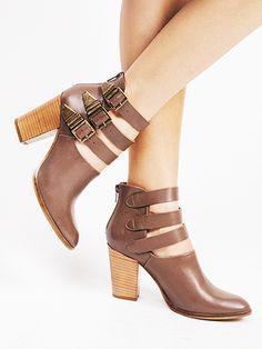 """Haywire"" - Seychelles Footwear"