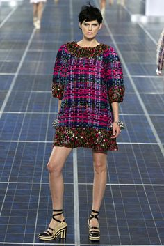 Chanel Spring 2013 Ready-to-Wear Fashion Show - Stella Tennant